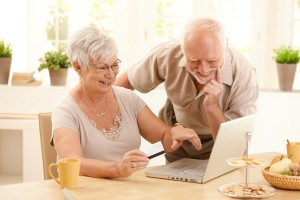 IT Support for the Elderly Helps Seniors Stay Connected | 480-832-4600